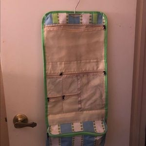 Hanging Travel Pretty Kit